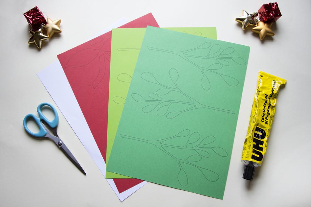 1-Christmas-Mistletoe-DIY_by_utensils01-1024x683